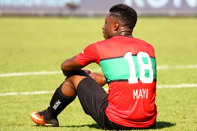 Kevin Mayi forfait contre l'Angola
