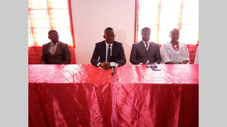 Déclaration des cadres du Woleu-Ntem : « Ne pas tourner le dos au pouvoir »