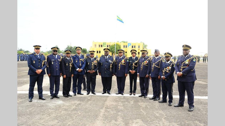 Forces de police nationale : Les nouveaux généraux portent leurs étoiles