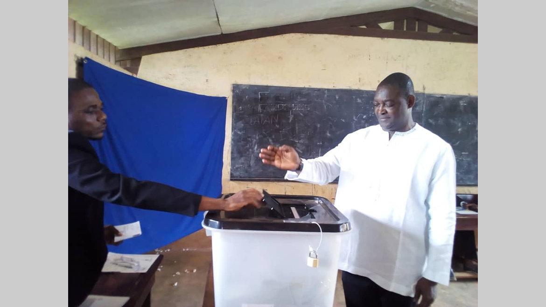 Législatives partielles/Ngounié : Serge-Maurice Mabiala serait bien placé