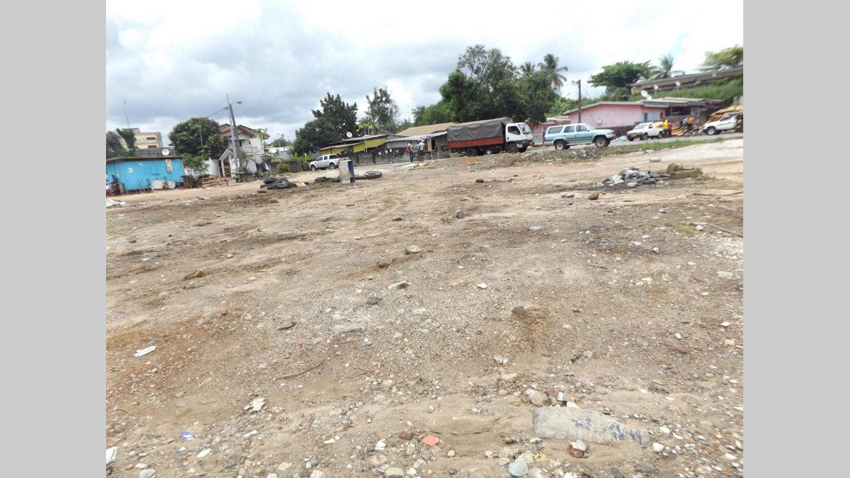 Choses vues : Le site des camions d'Awendjé rasé