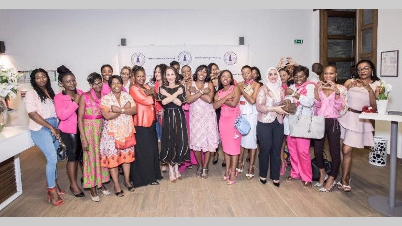 """Campagne """"Octobre rose"""" 2019 : Sylvia Bongo Ondimba a procédé à son lancement ce samedi à Franceville"""