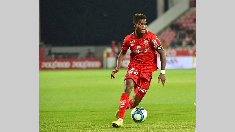 Football : Poussin ''écœure'' DidierNdong