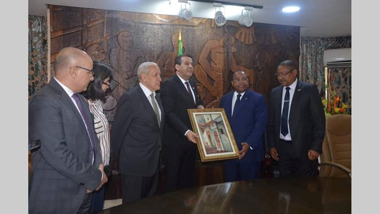 Primature : La coopération gabono-algérienne au menu