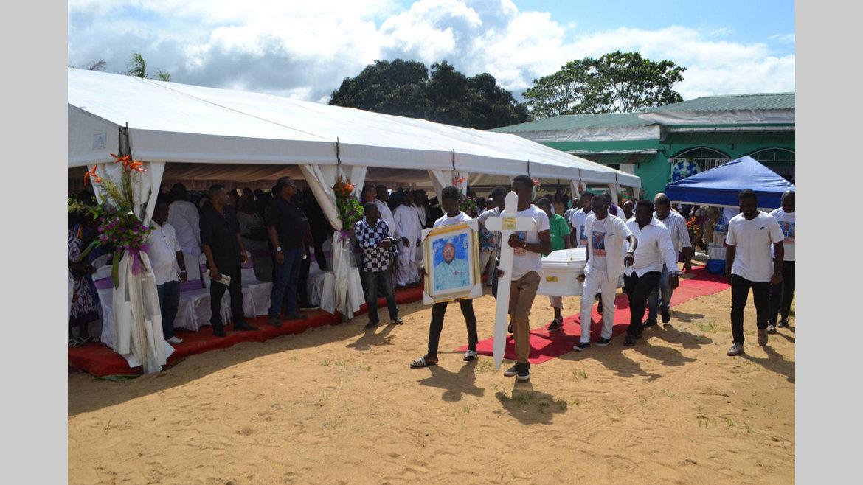 Obsèques : Pierre-Claver Obame Essone repose désormais à Awoungou