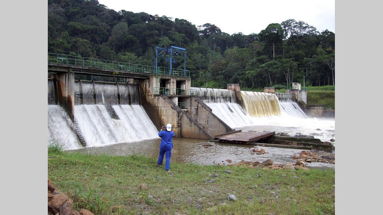 Energie : Le contrat de concession du barrage de Kinguele à Meridiam