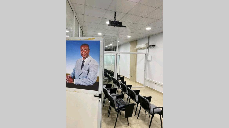 : Un incubateur des sciences à Libreville