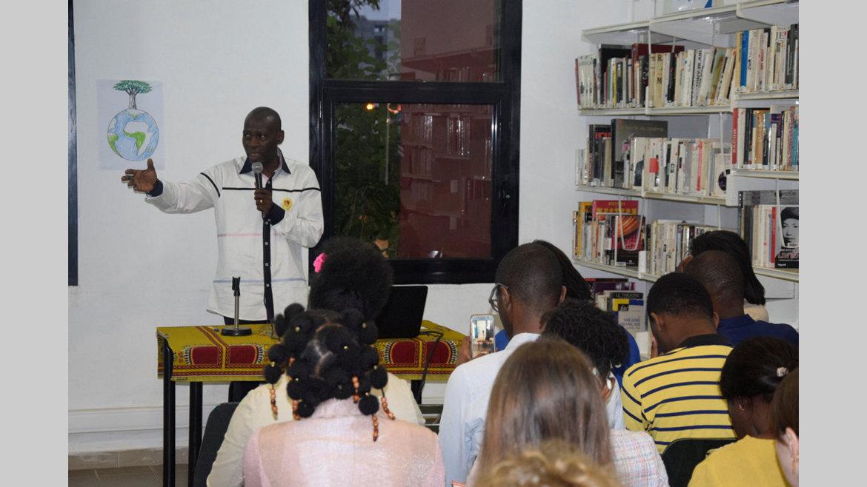 Culture : Une nuit et des idées en partage
