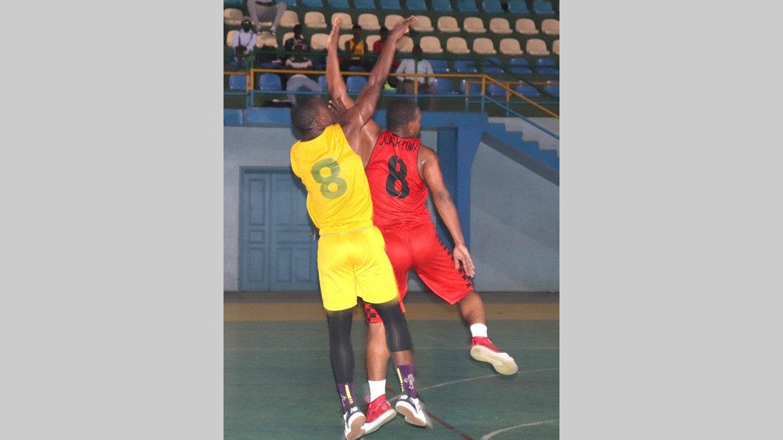 Basket-ball : Cinq finales pour lancer la saison de la ligue de l'Estuaire