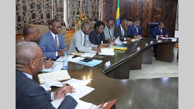 Gouvernement : Le Premier ministre sensibilise ses ministres financiers