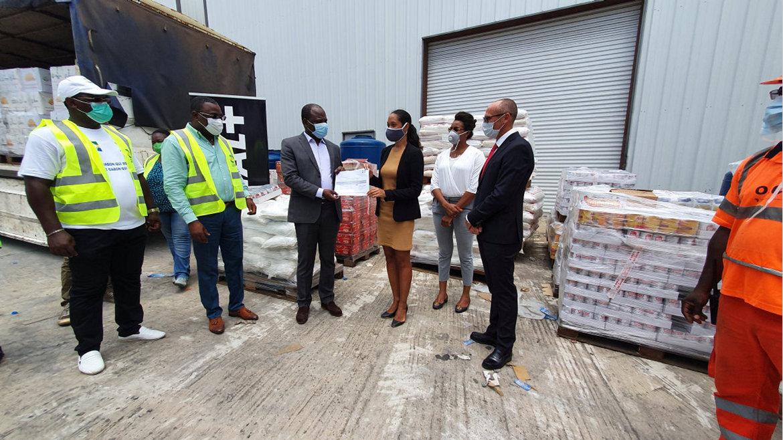 Covid-19 : L'appui de Bolloré Transport & Logistics et Canal +