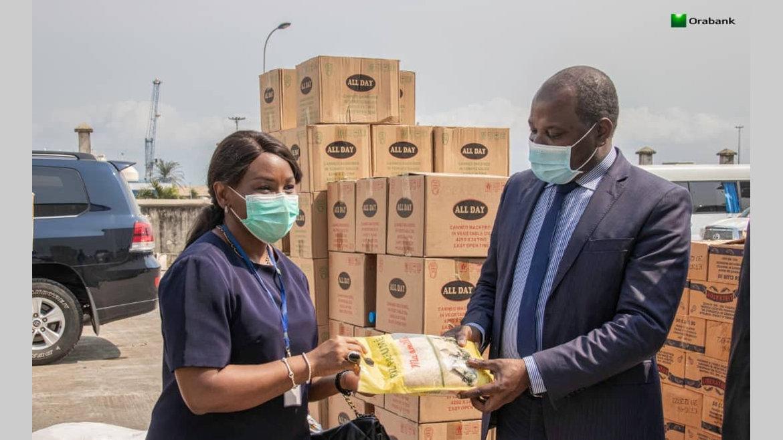 Banque : Orabank offre 14,3 tonnes de denrées alimentaires