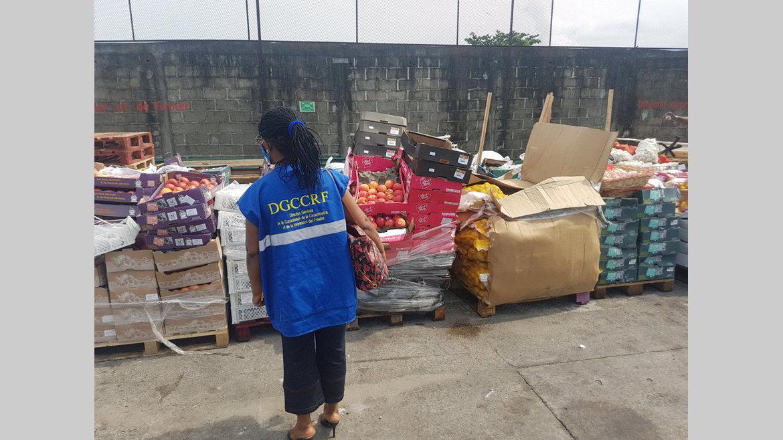 Consommation : 13 tonnes d'aliments avariés détruites