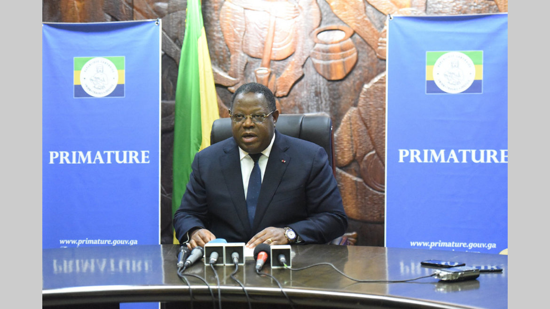 Obsèques : les hommages du corps diplomatique à Issoze Ngondet