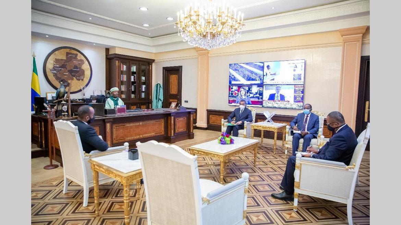 """Infrastructures numériques : le projet """"CAB 4 plus"""" évoqué au palais présidentiel"""