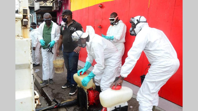 Covid-19 : désinfection du marché de Nkembo…