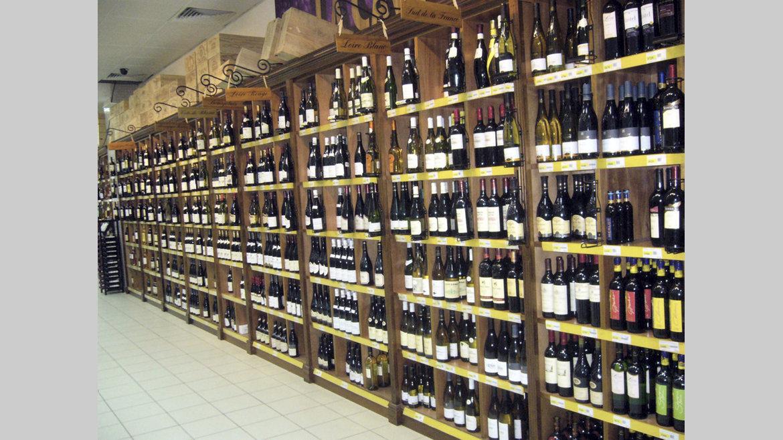 Hausse de la taxe sur les boissons alcoolisées importées : gare à l'asphyxie!