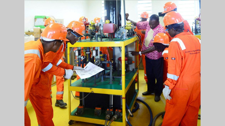 Logistique pétrolière : Bolloréet Assala Energy en partenariat