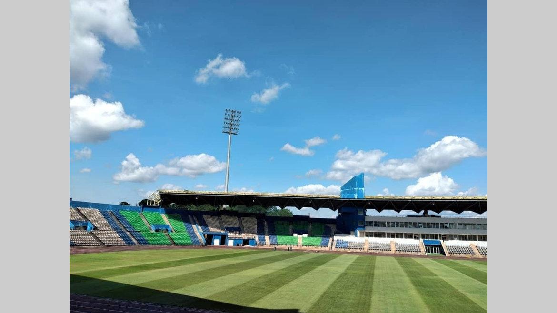 """Football : la Caf exige de """"vrais"""" stades pour ses compétitions à venir"""