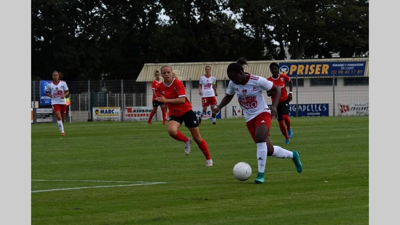 Football : la Brestoise Winie Mapangou titulaire face à Guingamp
