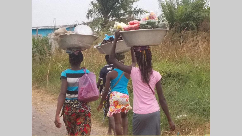 Abandon scolaire : comment accompagner les jeunes filles mères?