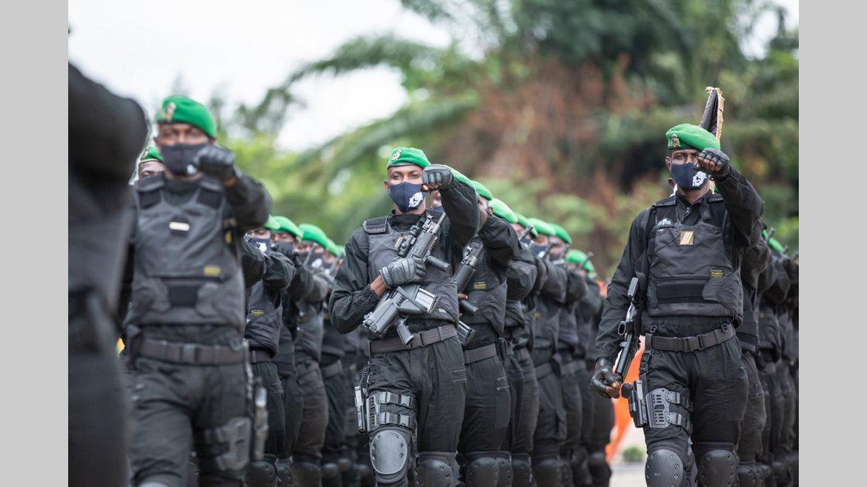 Lutte contre le Covid-19 : Ali Bongo Ondimba rend hommage aux Forces de défense et de sécurité