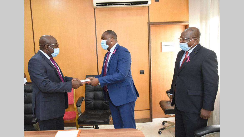 ANUTTC : le PCA Léon-Paul Mvouba Okori installé