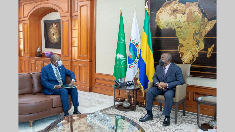 Diplomatie : Adonia Ayebare porteur d'un message du président ougandais à son homologue gabonais