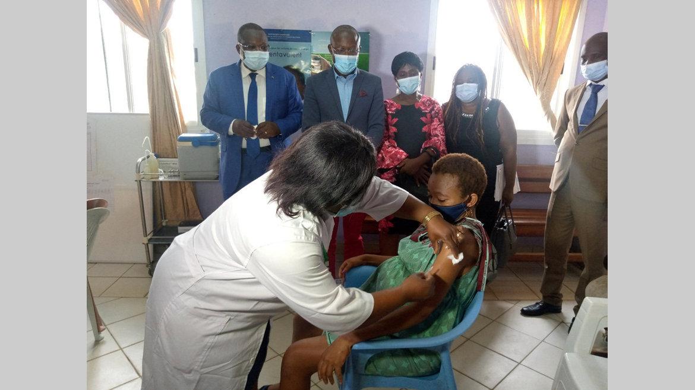 PEV : vaccinations gratuites pour femmes enceintes et enfants