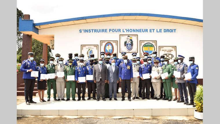 """Gendarmerie nationale : 100% pour la promotion """"Faustin Boukoubi"""""""