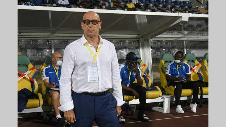 """Interview Patrice Neveu : """" J'espère qu'avec la reprise du championnat, je pourrais étoffer mon banc """""""