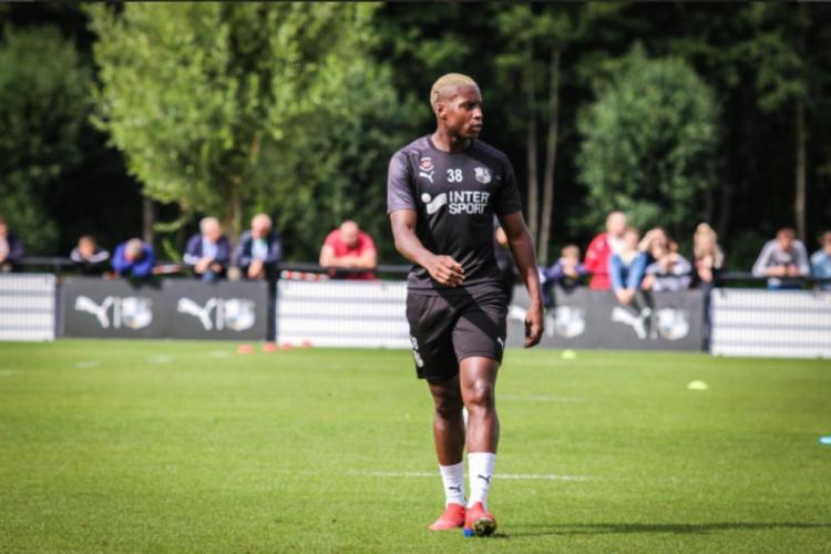 La Fifa autorise Eneme Ella à jouer pour le Gabon