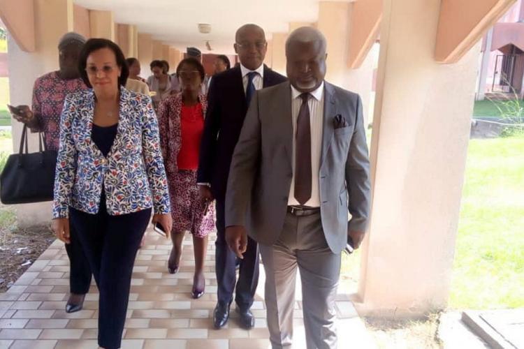 Fonction publique : La ministre Madeleine Berre s'imprègne des conditions d'apprentissage
