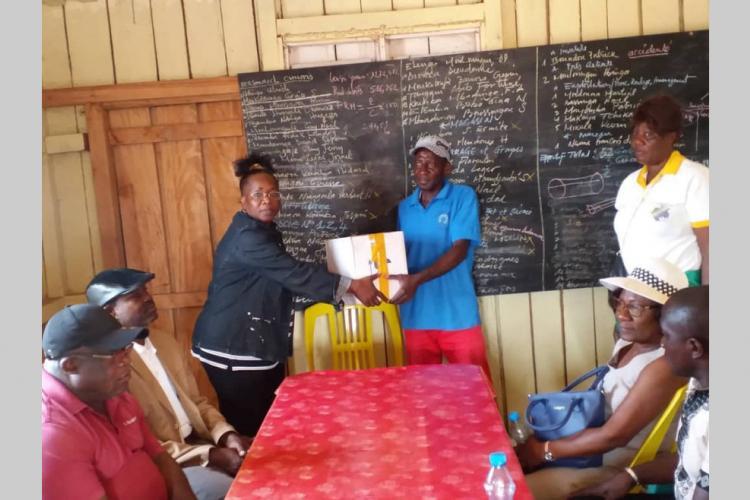 Œuvre de bienfaisance : Des médicaments pour le centre médical et les villages