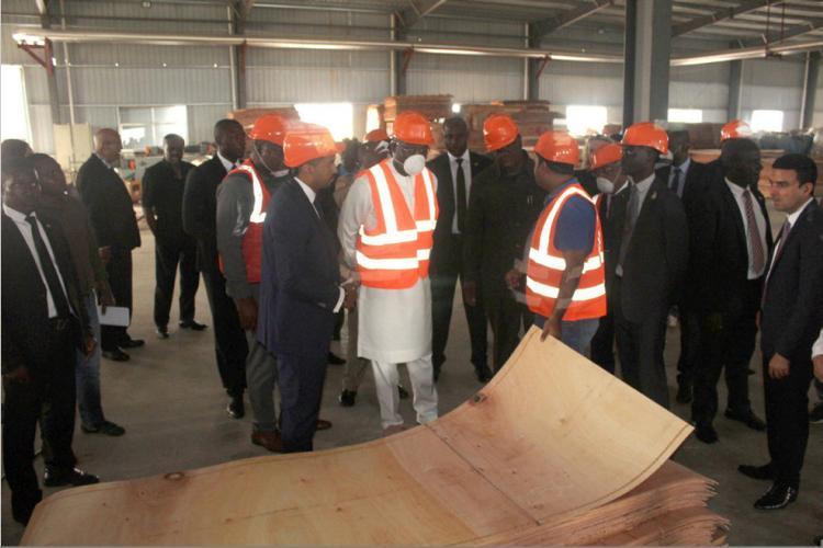 Visite de travail et d'amitié du président libérien : George Weah séduit par la Zerp de Nkok