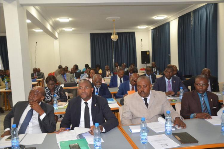 Commission des finances : Les députés désormais dans le vif du sujet