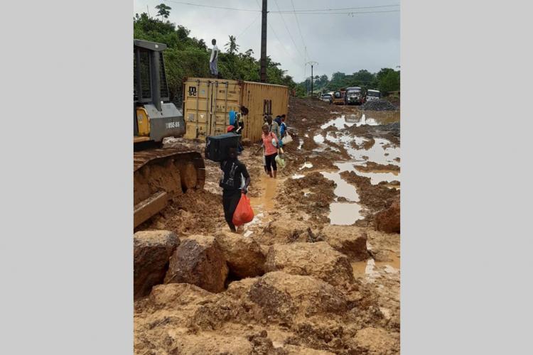 Ntoum-Kango : Les transporteurs en colère !