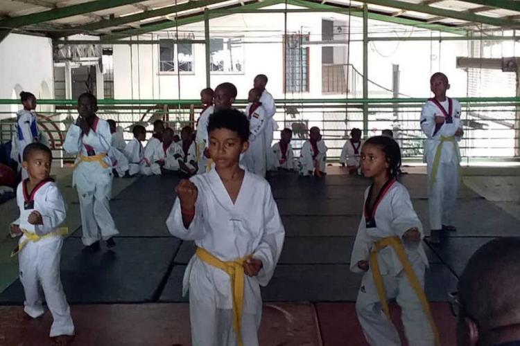 Taekwondo : Passation de grades au club Élite Académy