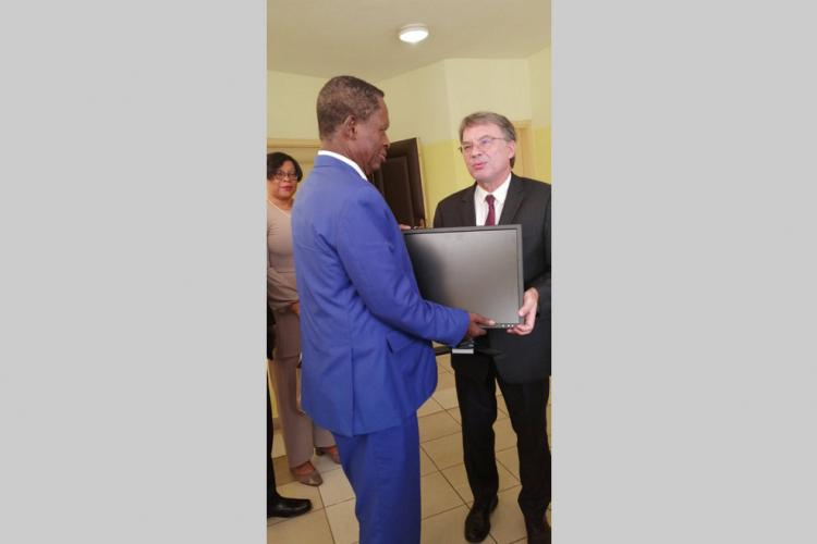 Gabon-France : Appui au CESE