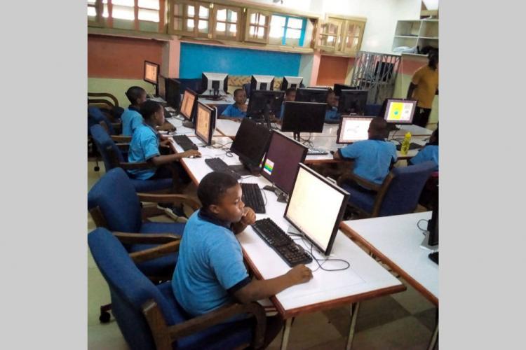 Education : L'option télé-enseignement ?