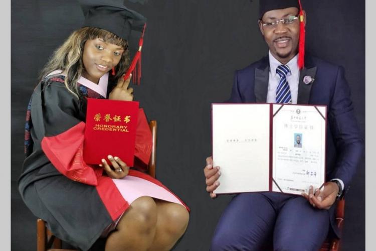 Enseignement supérieur : les premiers doctorats chinois de l'UFGSE