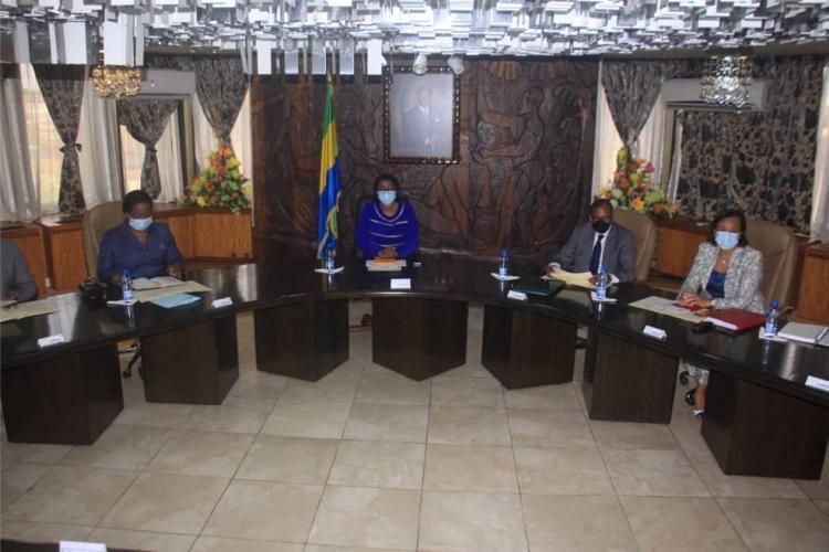 Santé : Guy Patrick Obiang présente son plan d'actions à la Première ministre