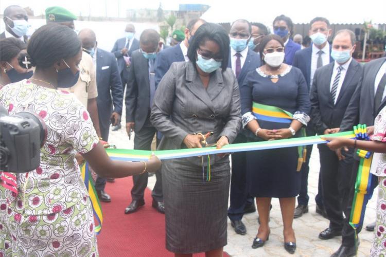 Cimaf-Gabon : la cheffe du gouvernement inaugure la deuxième ligne de production