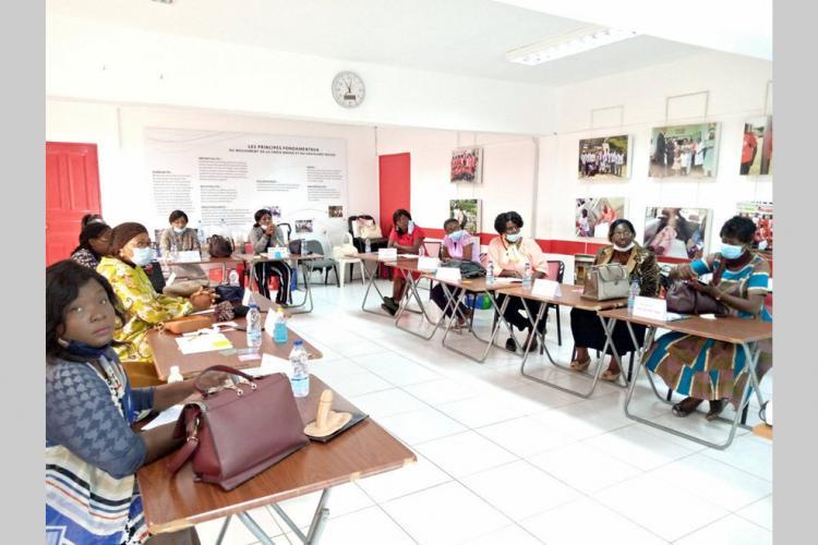 Sages-femmes : des outils sur la santé sexuelle et de la reproduction