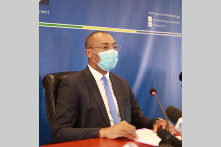 """Guy-Patrick Obiang Ndong : """"Il ne faut pas quitter le certain pour l'incertain"""""""