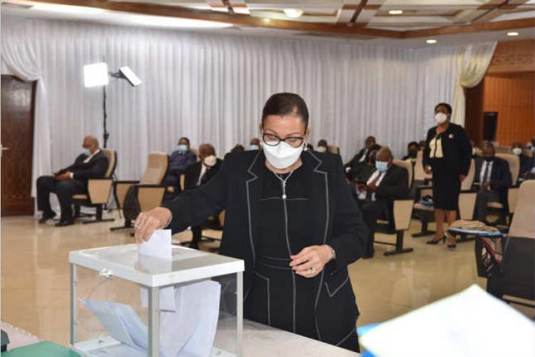Dr Lucie Milebou Aubusson-Mboussou : Le choix de l'expérience