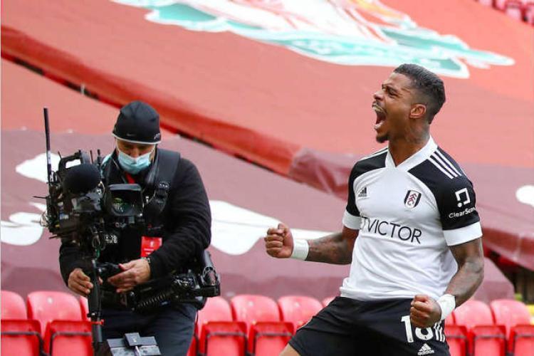Football : Mario Lemina buteur contre les Reds de Liverpool