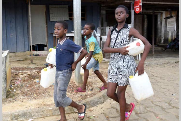 Fourniture d'eau à Libreville : le calvaire d'Alibandeng et les autres