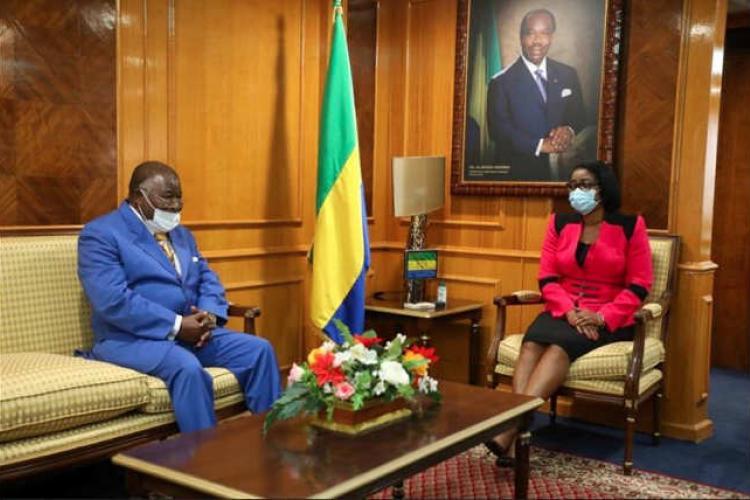 Climat politique : Ossouka Raponda échange avec les leaders des partis politiques