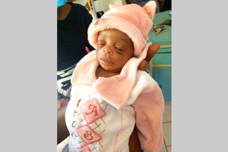 Mouila : le nouveau-né abandonné à Ndendé dans une famille d'accueil